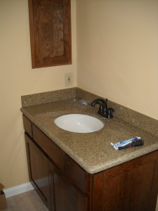 Bathroom Cabinets & Shelves